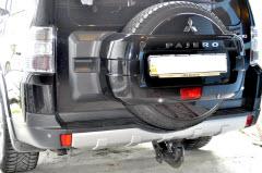 установка фаркопа на Pajero Wagon 4