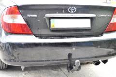 установка фаркопа на Toyota Camry