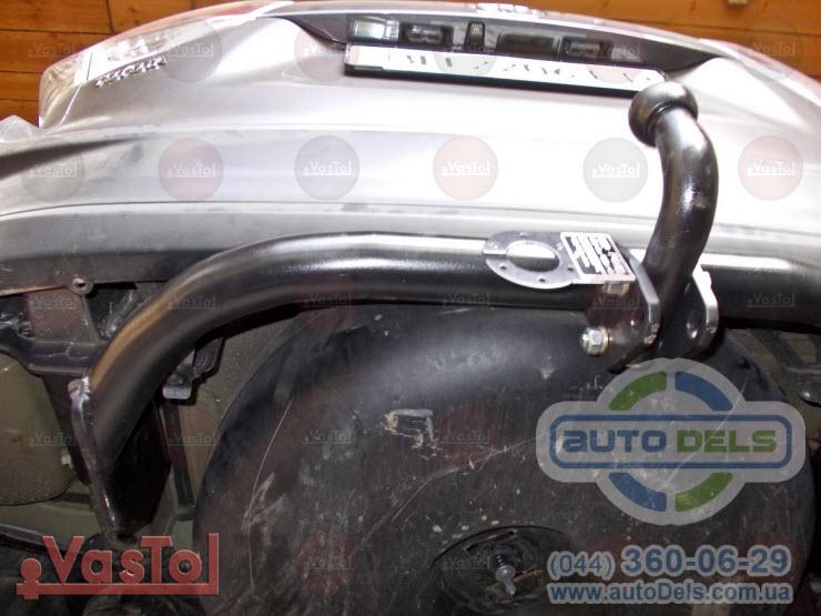 Установка фаркопа Toyota Highlander 2014-2020