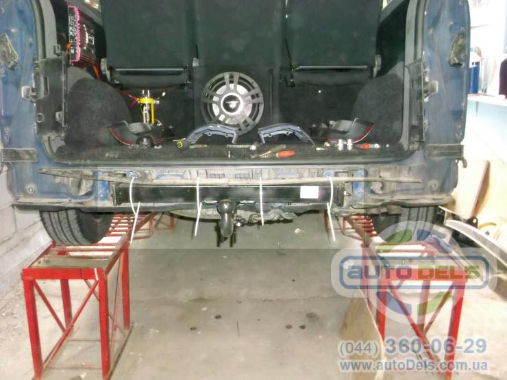 Установка фаркопа Volkswagen Transporter T5 1996